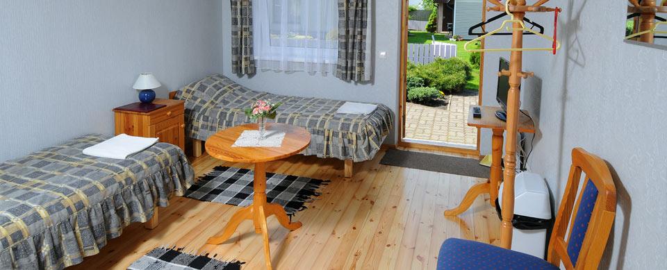 villa ene ist ein g stehaus das sich in der p rnu befindet. Black Bedroom Furniture Sets. Home Design Ideas